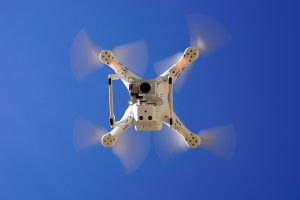 drone-1112754_960_720